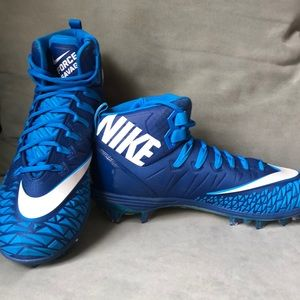 🆕 Nike football shoes